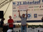 Erlös des Alsterlaufs 2012 für AIDS-Hilfe Hamburg