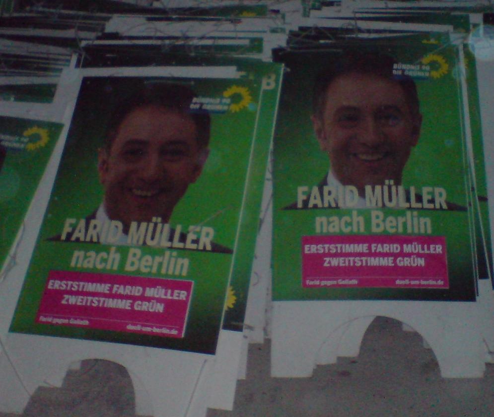 Wahlplakate Lager Ende Wahlkampf